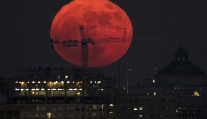En son 151 yıl önce görülen Ay tutulmasına doğru