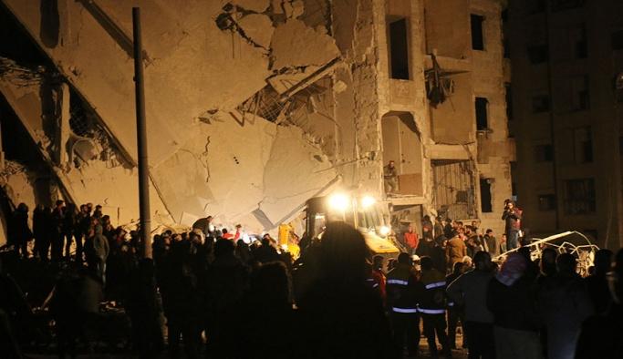 İdlib'de art arda 4 ayrı patlama, onlarca ölü var