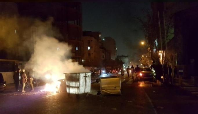 İran'da neler oluyor, işte uzman görüşleri   DOSYA