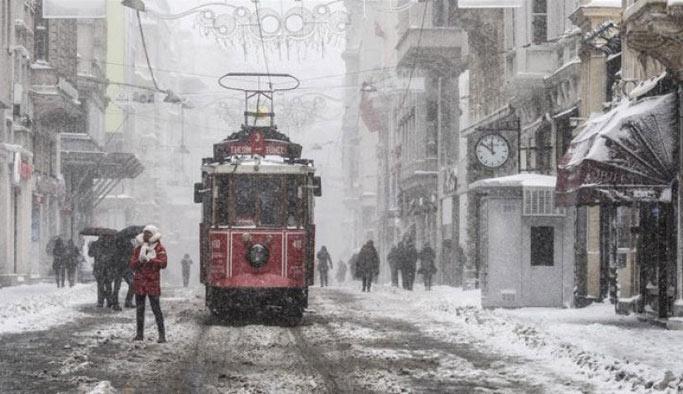 İstanbul'a kar beklenenden erken geliyor