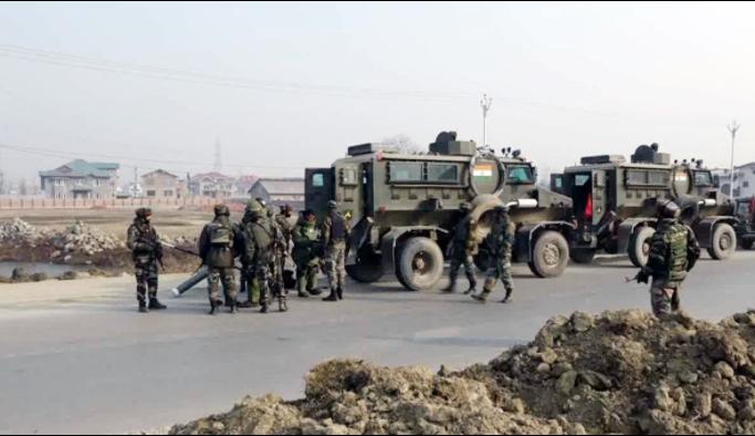 Keşmir'de son dakika 1 Hint askeri öldü