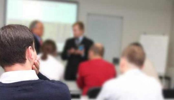Öğretim görevlilerine bir yıllık ücretli izin hakkı