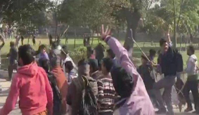Pakistan halkı çocuk tacizi ve cinayetine karşı ayaklandı