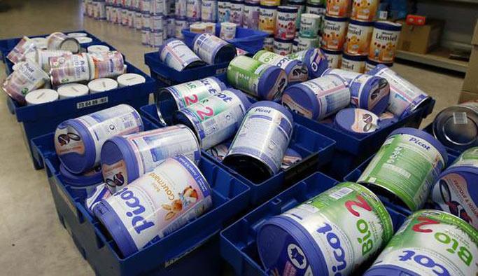 Salmonella bakterisi içeren mamalar birçok markette satılmış