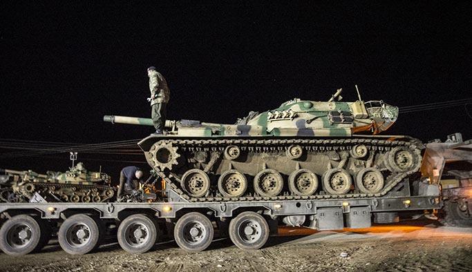 Sınıra yeni tank ve obüs sevkiyatı