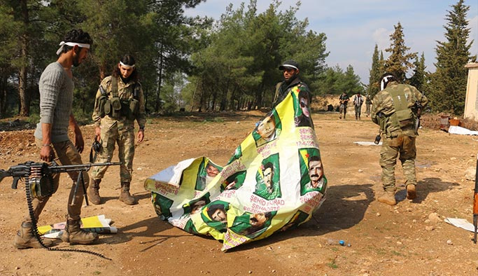 Afrin'de ele geçirilen kamp görüntülendi
