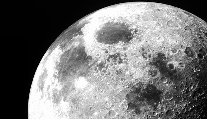 Ay'da suyun varlığına ilişkin yeni keşif