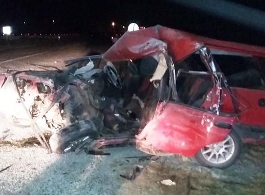Aydın'da minibüs ile otomobil çarpıştı: 6 yaralı