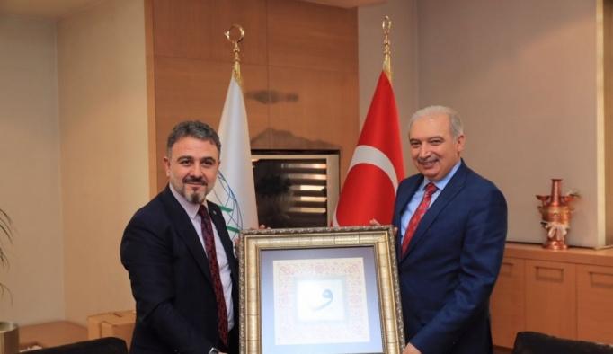 Başkan Uysal, Esenyurt Belediyesi'ni ziyaret etti