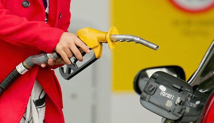 Benzin fiyatlarına indirim geliyor