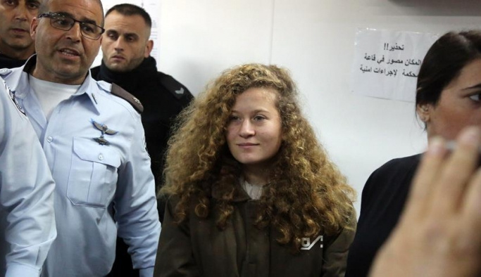 Cesur kız Ahed'in duruşması ertelendi