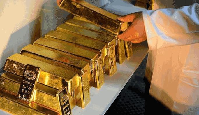 FETÖ'cü savcının amcasından 100 kilogram altın çıktı