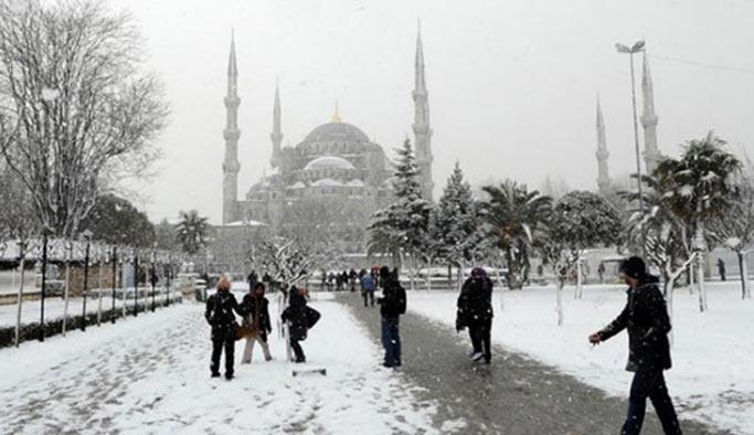 İstanbul'a kar yağacak mı, meteoroloji bölge müdürü açıkladı