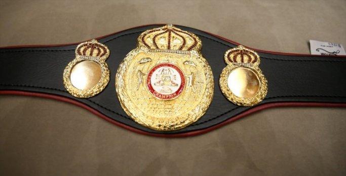 Dünya Şampiyonu Suriyeli boksörden Erdoğan'a özel hediye