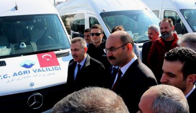 Türkiye-İran arasında 'minibüs' seferleri başladı