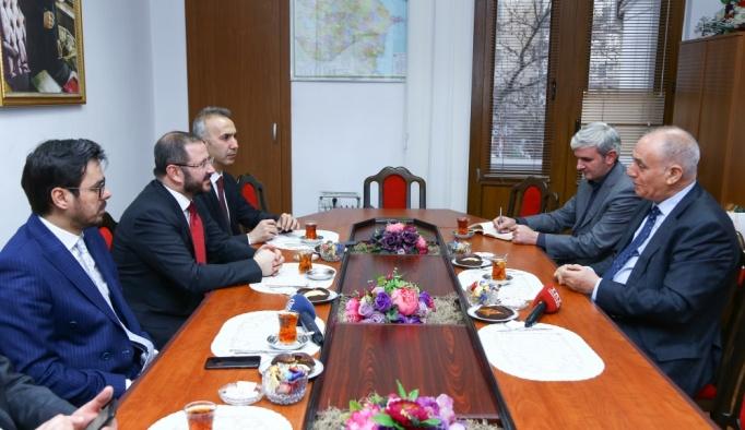 AA ve TRT'den AZERTAC'a ziyaret