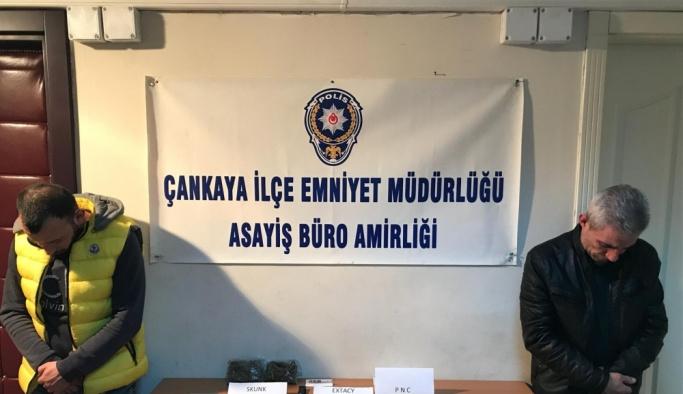 Ankara'da uyuşturucu satıcısı iki kişi yakalandı