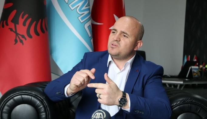 Arnavutluk halkından Türkiye'ye