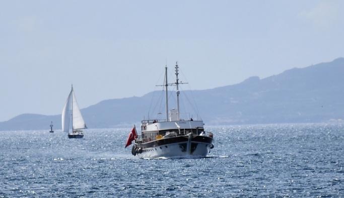 Astipalya Adası'nda bağlanan tekne Bodrum'a getirildi