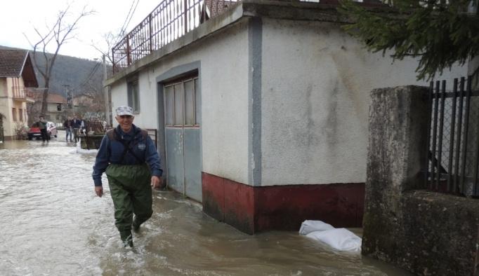 Bosna Hersek ve Hırvatistan'da sel