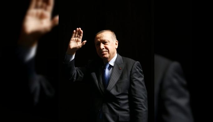 Cumhurbaşkanı Erdoğan, Zeytin Dalı Harekatı'nın başlangıcından bu yana 3486 teröristin etkisiz hale getirildiğini bildirdi.