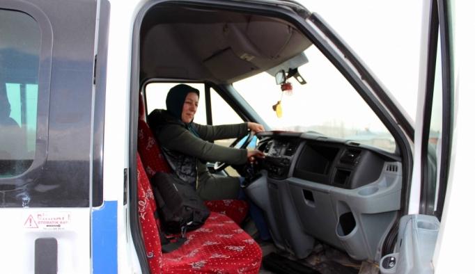 Dolmuş şoförü