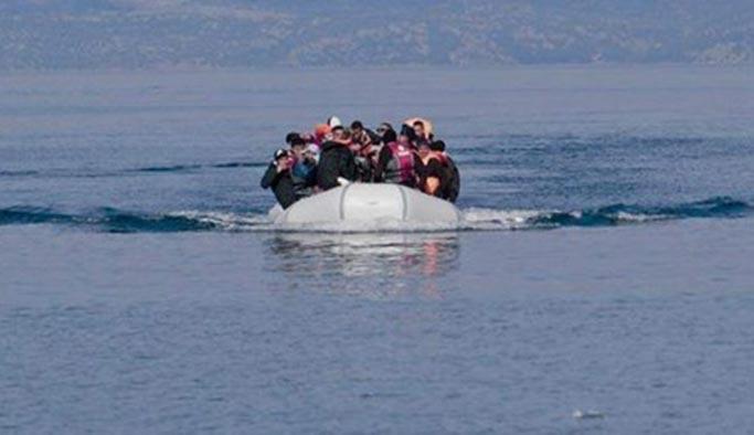 Ege'de göçmenleri taşıyan bot battı: 14 ölü