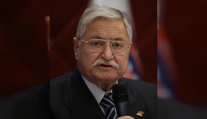 'Uykusuz müsteşar Hasan Celal Güzel' vefat etti