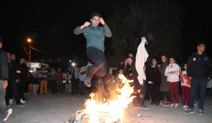 Iğdır'da ilk Nevruz ateşi yakıldı