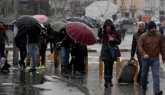 İstanbul'a kuvvetli yağışlar başladı