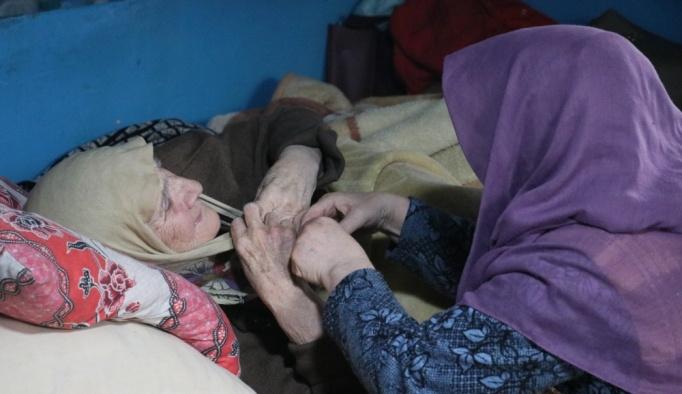İzmir'de engelli ailenin dramı