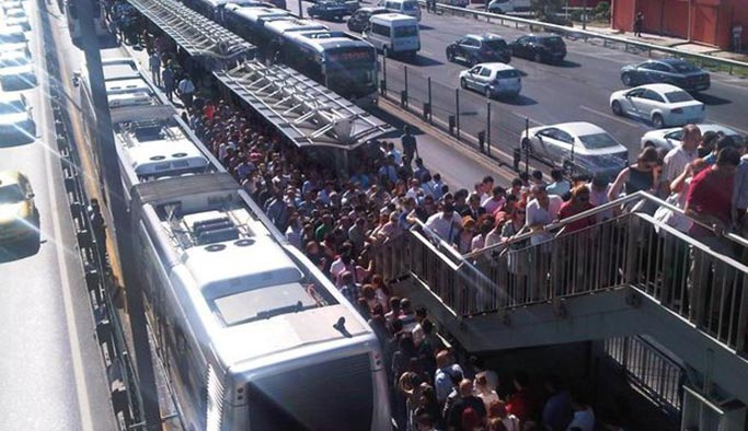 'Metrobüs yolculuğu'' tez konusu oldu