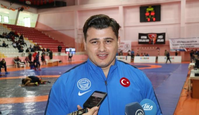 Rıza Kayaalp'in hedefi olimpiyat şampiyonluğu