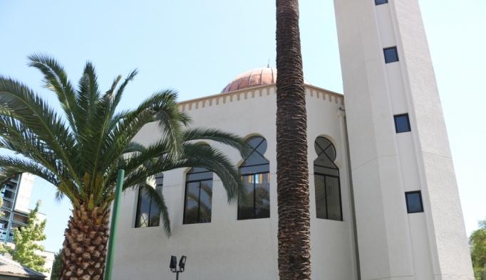 Türkiye, Şili'de As-Salam Camii'ni onardı