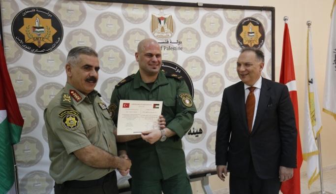 TSK'dan Filistinli asker ve polislere eğitim