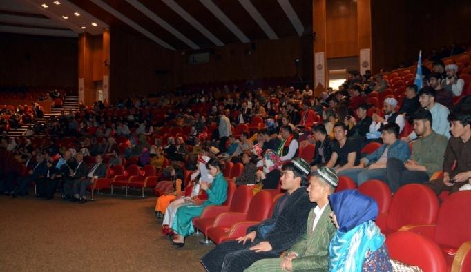 Yabancı öğrenciler Erzurum'un kurtuluşunu kutladı