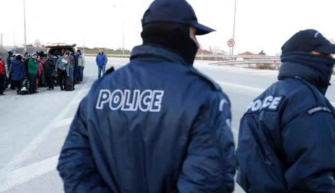 Yunanistan iki Alman gazeteciyi gözaltına aldı