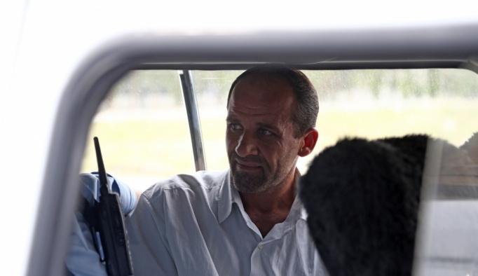 Emniyet binasını fotoğraflayan kişi gözaltında