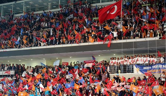 AK Parti temayül yoklamaları yapacak