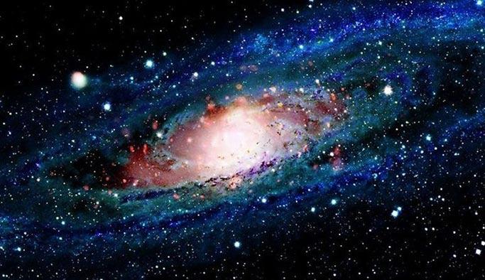 Bilim adamları: Evren bir anda yok olacak