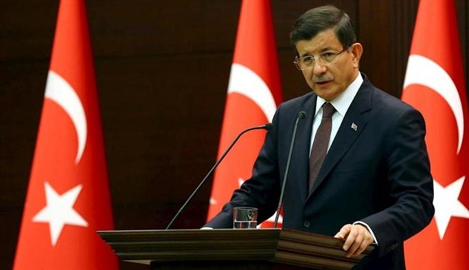 Davutoğlu: Aday olmayacağım, Adayım Erdoğan