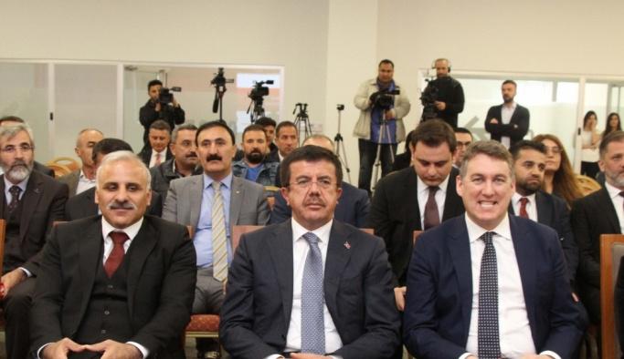 Ekonomi Bakanı Zeybekci, Van'da