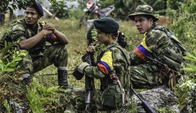 FARC altınları hükümete teslim etti