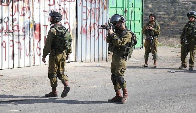 İşgal güçleri 2 Filistinliyi şehit etti