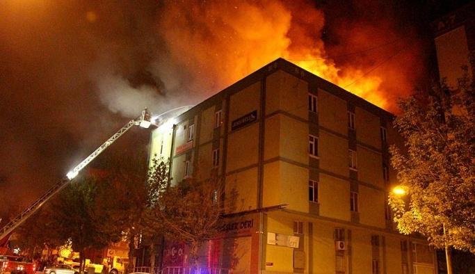 İstanbul İkitelli'de korkutan yangın