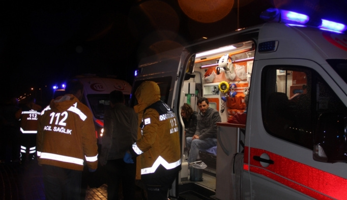 Konya'da yolcu otobüsü devrildi, çok sayıda yaralı var