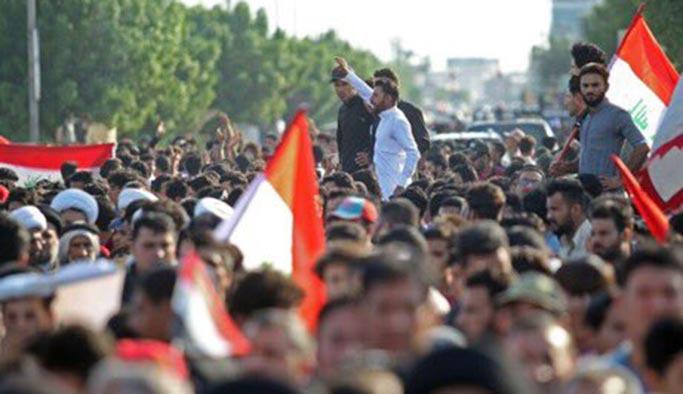 Sadr yanlıları Irak'ta meydanlara indi