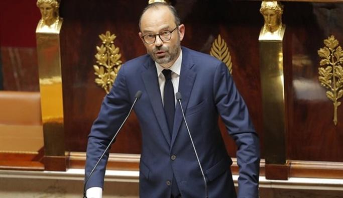Suriye rejimini vuran Fransa: Esed düşman değil