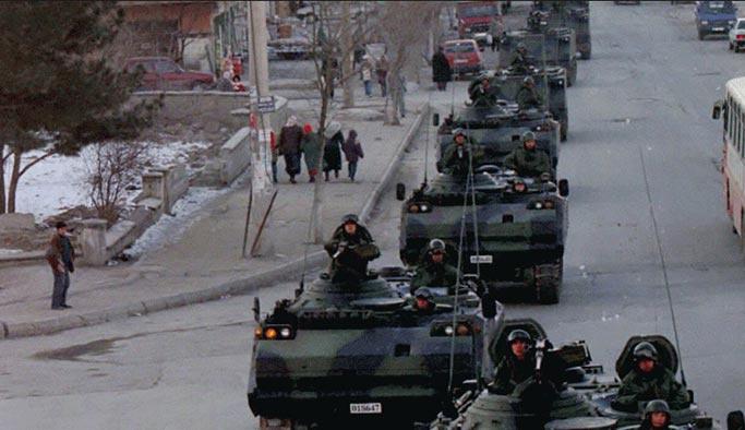 Tankları halka karşı yürütenlere 21 yıl sonra ceza