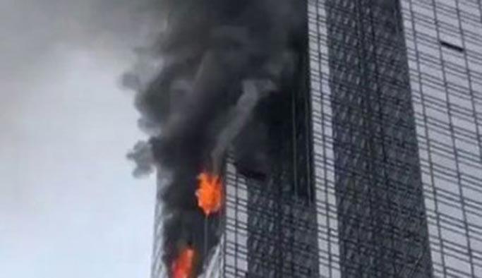 Trump'ın oturduğu binada yangın